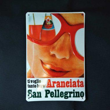 Geprägtes Blechschild San Pellegrino im Format 20 x 30 cm, Teil einer Edition, für weitere Motive auf den Pfeil klicken