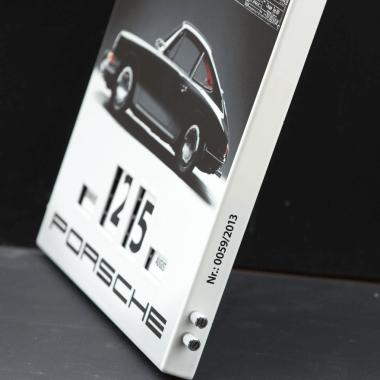 Drehkalender Porsche 2013, eingebrannte fortlaufende Nummerierung