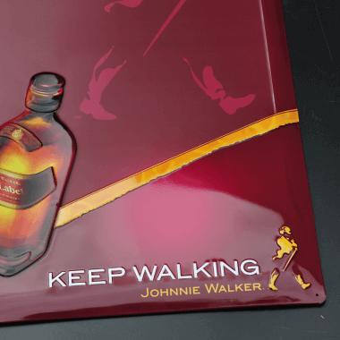 Anschreibetafel Johnnie Walker, Detail der Prägungen