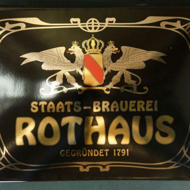 Emailleschild Rothaus im Format 500 mm x 350 mm mit Echtgold und Platin